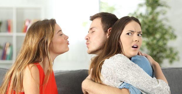 wykrywanie zdrad małżeńskich